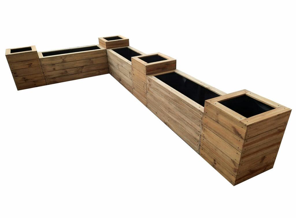 Planter box 400 wide set corner